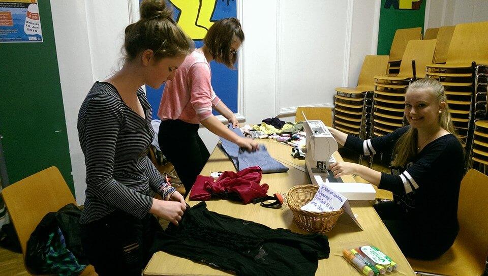 Kleidertauschparty Vorsortierung